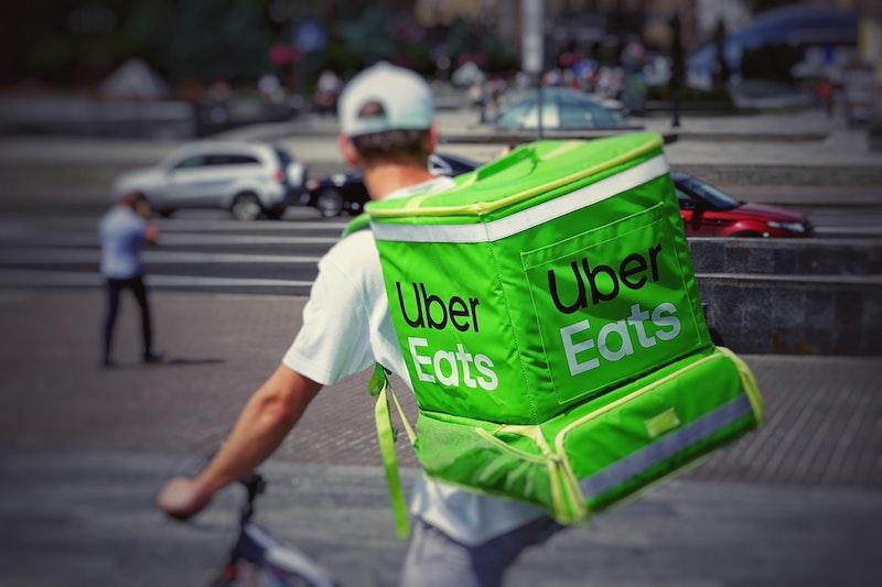 Uber Eats(ウーバーイーツ)配達パートナーの持ち物・便利アイテムまとめ
